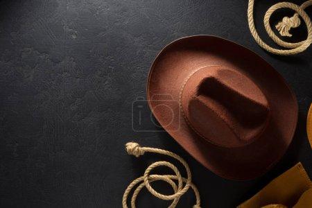 cowboy hat on wooden backgroun