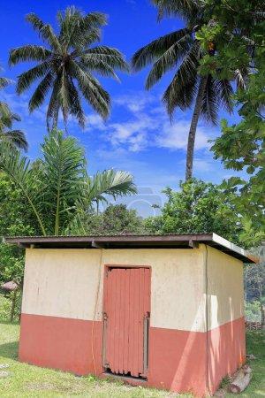 Edificio de baños-Topol complejo de la escuela secundaria. Newa village-Olal-Ambrym island-Vanuatu. 6215