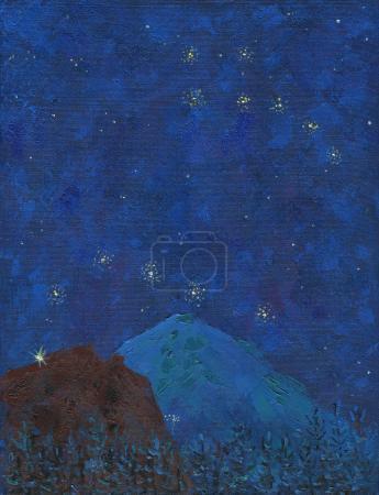 Photo pour Huile sur toile. Grande montagne enneigée avec des lumières d'alpinistes par une nuit étoilée. Couleur profonde du ciel, étoiles et constellations de Big et Little Dipper.Texture rugueuse de grands coups de pinceau . - image libre de droit