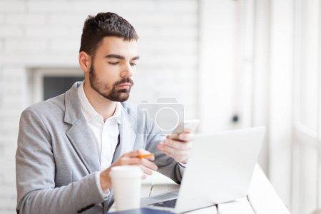 Entrepreneur messaging in smartphone