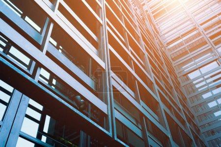 Photo pour Détail de bureau moderne bâtiment extérieur - image libre de droit
