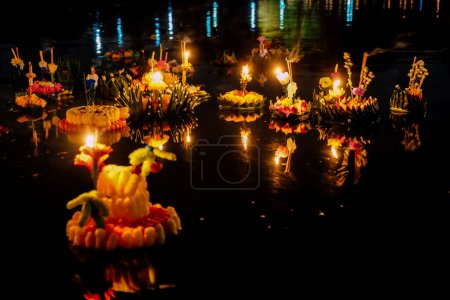 Photo for Loi Krathong festival, Loy Krathong Day is one of the most popular festivals of Thailand celebrated annually on the Full-Moon Day of the Twelfth Lunar Month. - Royalty Free Image