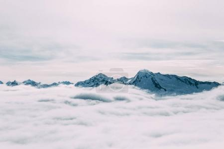 clouds and peaks