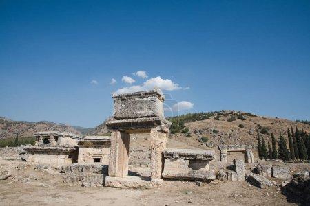 Photo pour Belle architecture ancienne dans la célèbre hiérapolis, dinde - image libre de droit
