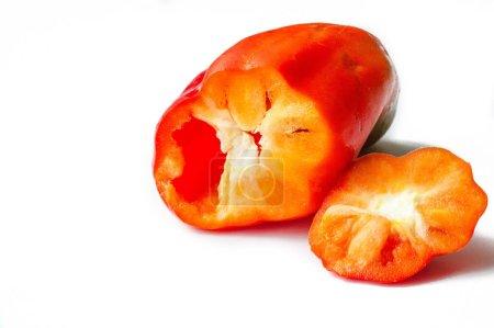 Photo pour Les poivrons sont parfois groupés avec des variétés de poivrons moins piquants comme les poivrons doux.. - image libre de droit