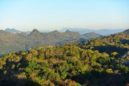Foto de Hermoso paisaje de montaña en Tailandia - Imagen libre de derechos