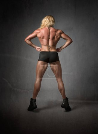 body building back figure