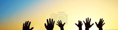 silhouette von der hand der familie
