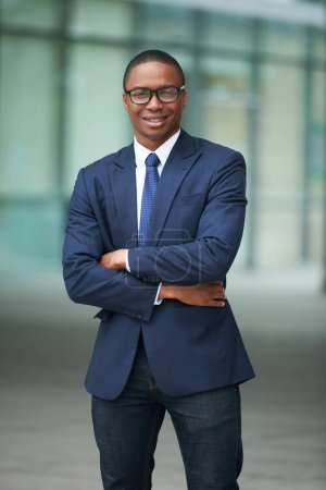Photo for Portrat of confident smiling African-American businessman looking at camera - Royalty Free Image