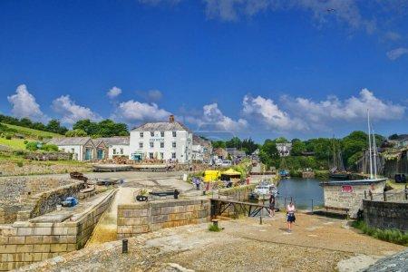 Photo pour 11 juin 2018 : Charlestown, Cornwall, Uk - Exemple intact d'un port de travail géorgien, il a été construit entre 1791 et 1801 et a été utilisé comme lieu de tournage de Poldark. - image libre de droit