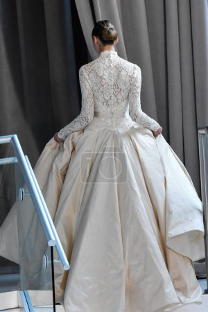 Peter Langer Bridal show