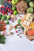 """Постер, картина, фотообои """"Выбор ассортимент здоровое сбалансированное питание для сердца, диета"""""""