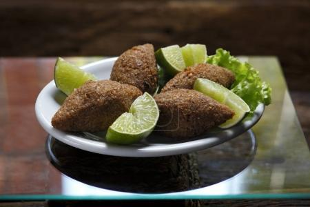 meat Quibe with lime