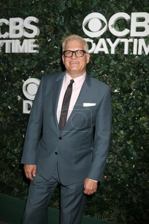 actor Drew Carey
