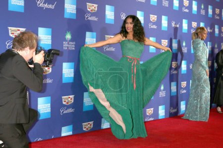 Photo for PALM SPRINGS - JAN 2:  Salma Hayek at the 2018 Palm Springs International Film Festival Gala at Convention Center on January 2, 2018 in Palm Springs, CA - Royalty Free Image