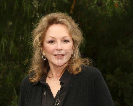 actress Bonnie Bedelia