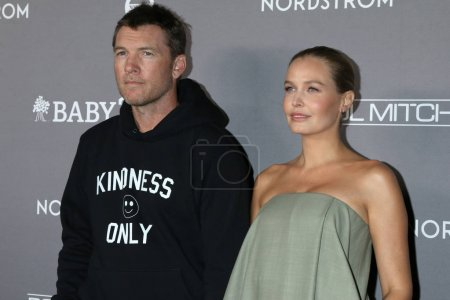 Photo for LOS ANGELES - NOV 9:  Sam Worthington, Lara Bingle at the 2019 Baby2Baby Gala Presented By Paul Mitchell at 3Labs on November 9, 2019 in Culver City, CA - Royalty Free Image