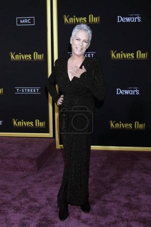 "Photo for LOS ANGELES - NOV 14:  Jamie Lee Curtis at the ""Knives Out"" Premiere at Village Theater on November 14, 2019 in Westwood, CA - Royalty Free Image"