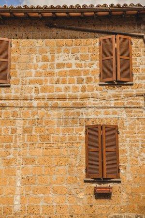 fenêtres volets