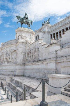 Foto de Monumento Nacional a Víctor Manuel Ii en el Altar de la patria en Roma, Italia - Imagen libre de derechos