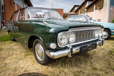 Fullsize car Ford Zodiac Mark
