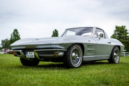 Sports car Chevrolet Corvette Sting
