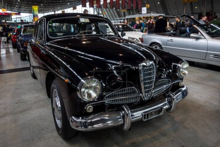Fullsize car Chrysler Royal Windsor