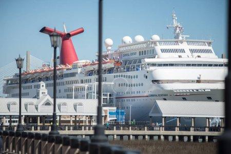 Photo pour Charleston Harbor Dock, Charleston, Caroline du Sud, États-Unis - image libre de droit