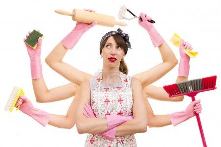 Photo pour Femme au foyer multitâche très occupée sur fond blanc. Concept de supermaman et superfemme - image libre de droit