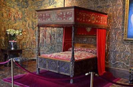 French four poster bed in a renaissance chateau