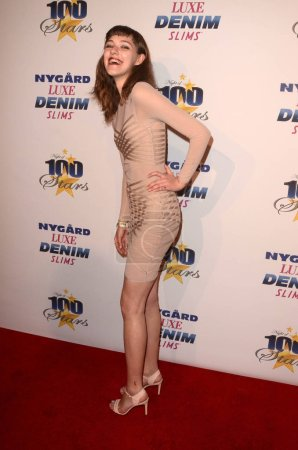 Nina at the 27th Annual Night of 100 Stars