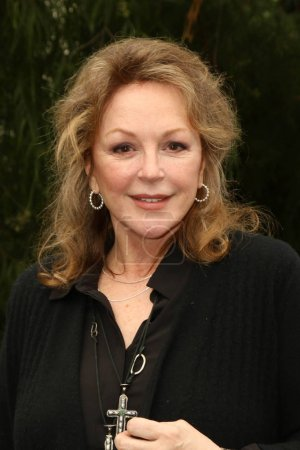 actress Bonnie Bedelia