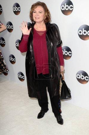 Photo pour Roseanne Barr à l'ABC Winter TCA All Star Party, The Langham Huntington, Pasadena, CA 01-08-18 - image libre de droit