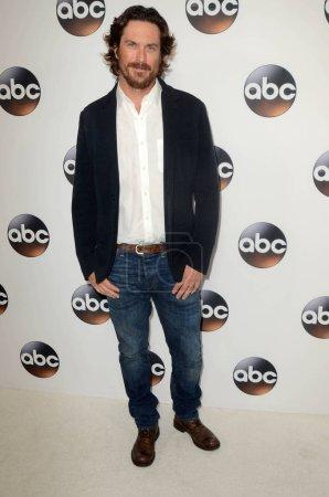 Photo pour Oliver Hudson à l'ABC Winter TCA All Star Party, The Langham Huntington, Pasadena, CA 01-08-18 - image libre de droit