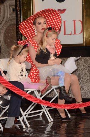 Katy Perry, nièces