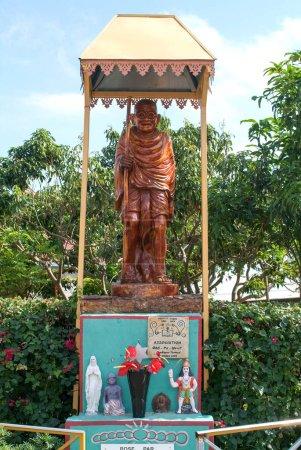 Statue of Mahatma Gandhi at