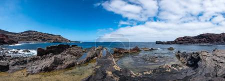 Panoramic view of the Charco de los Clicos beach on the Atlantic coast near the fishing village of El Golfo. Lanzarote, Canary Islands.