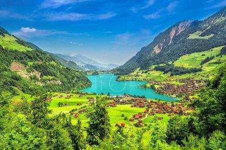 Photo pour Lac Lungern avec Alpes suisses, Suisse - image libre de droit