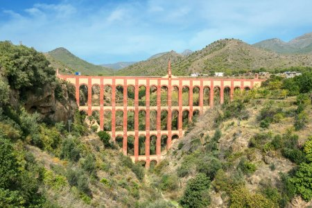Old aqueduct El Aguila