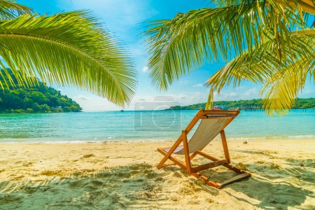Photo for Beautiful tropical beach and sea with coconut palm tree in paradise island for travel and vacation - Royalty Free Image
