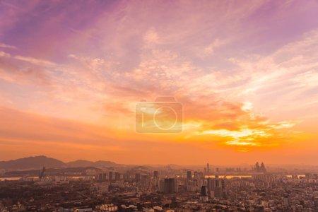 Photo pour Beau paysage et le paysage urbain avec une architecture et de construction au moment du coucher du soleil à Séoul en Corée du Sud ville - image libre de droit
