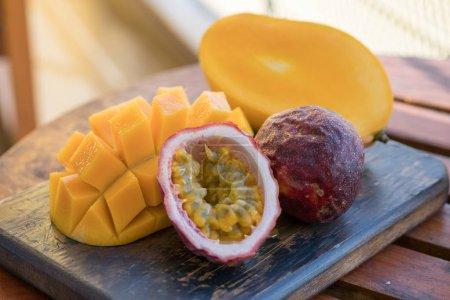 Mangue et fruit de la passion