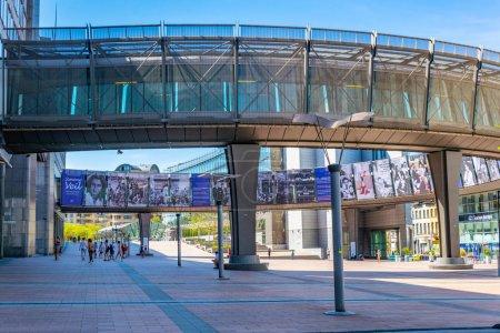 Photo pour BRUXELLES, BELGIQUE, 4 AOÛT 2018 : Bâtiment du Parlement européen à Bruxelles, Belgique - image libre de droit