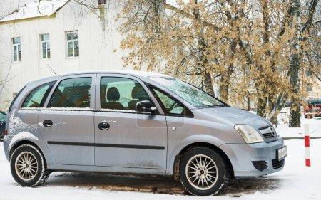 Opel Meriva parked in winter