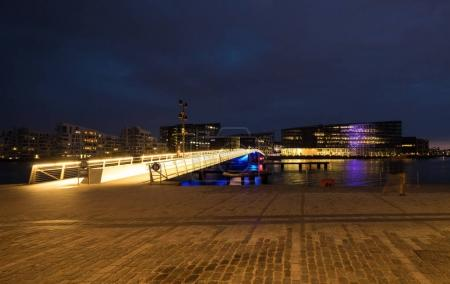 Bryggebroen, bridge in Copenhagen, evening
