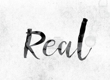 """Photo pour Le mot """"réel"""" concept et thème peint à l'encre aquarelle sur un papier blanc . - image libre de droit"""