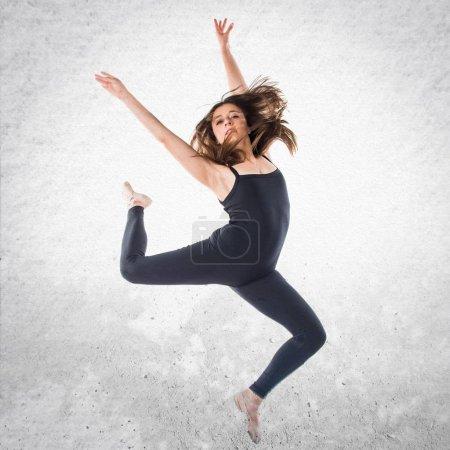 Photo pour Deux filles danse Ballet - image libre de droit