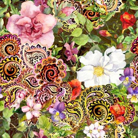 Photo pour Motif floral répétitif sans couture avec ornement décoratif ethnique oriental. Aquarelle - image libre de droit