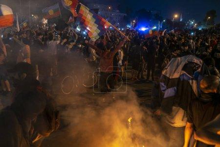Photo pour Crisis in Chile 2019, Spring of Chile - image libre de droit
