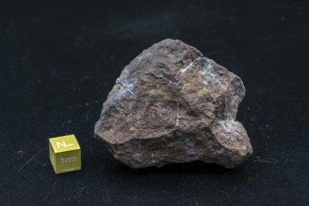 Photo pour Pièce de météorite sur le fond - image libre de droit